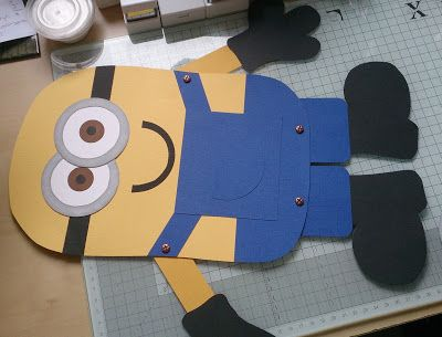 What Nikki Did Next..........: Making Minions...