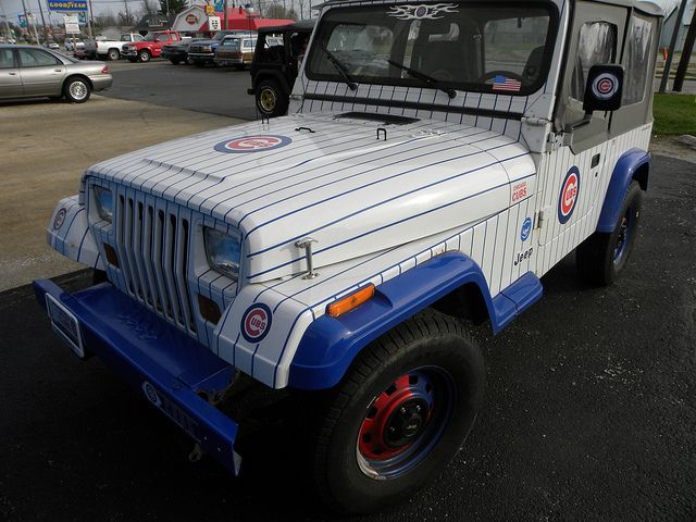 Cubs Jeep >> probably the coolest thing I've ever seen!!!