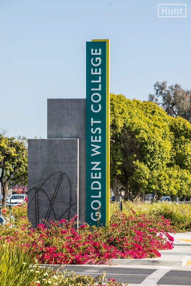 Signage Master Plan For Golden West College In Huntington Beach With Concrete Relief Patterns By Hunt Design Photography Matt Givot