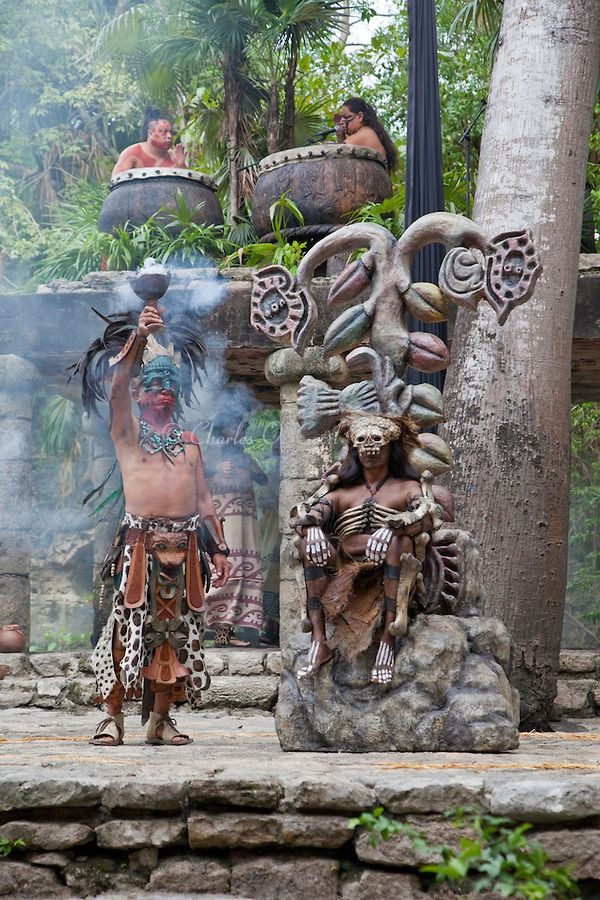 a look at the life and culture of the ancient mayas The quiche maya were defeated at the battle of utatlan in 1524 ce and this date traditionally marks the end of the maya civilization maya culture life of the.