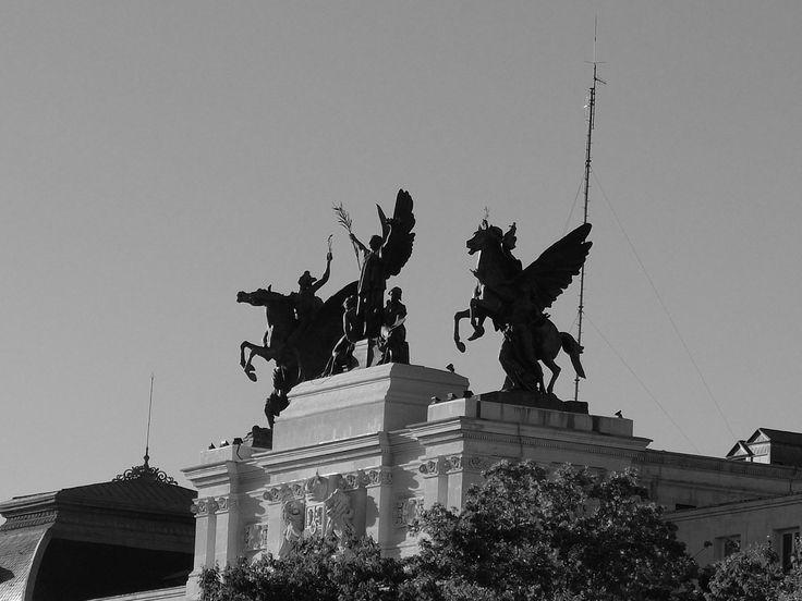 Palacio de Fomento. La Gloria y los Pegasos