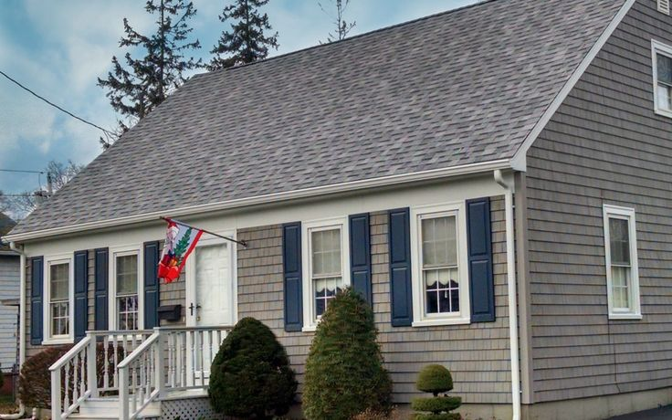 Mastic Cedar Discovery Vinyl Siding Installation On A Cape