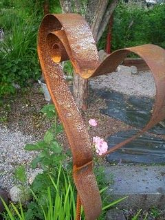 metal garden heart-art
