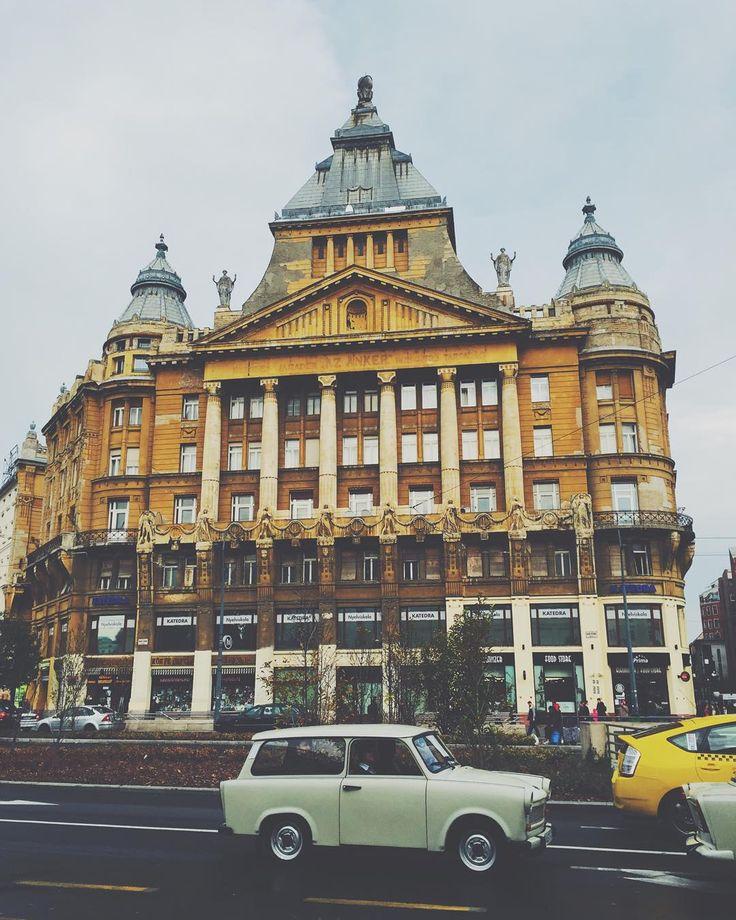 • budapest, 2015 • #budapest #city #street #car #trabant #building #architecture #arcutecturelovers #vscohungary #mik #instadaily #mobilemag #vscocam #lookup #welovebudapest #felafejjelbudapest