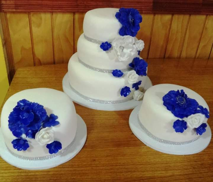 #Wedding #blu #fondant #cake by Volován Productos #instacake #puq #Chile #VolovanProductos #Cakes #Cakestagram #SweetCake