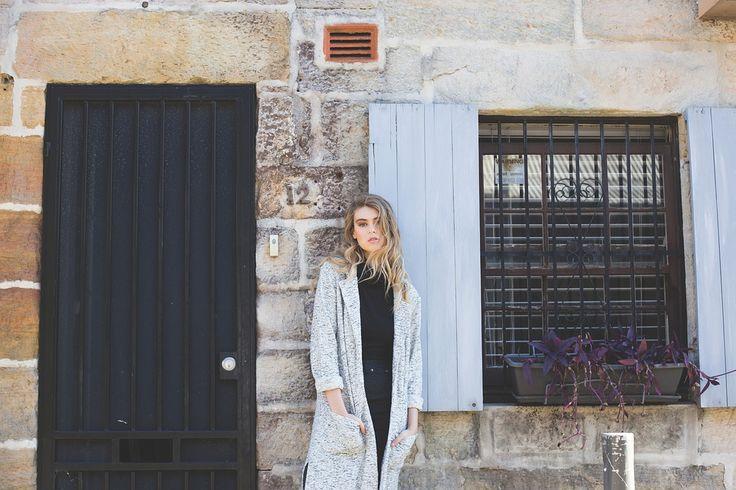 Na jesienne chłodne dni proponujemy stylowe kurtki, płaszcze,kardigany, narzutki,kamizelki !!!! Wszystko w modnych fasonach i cenach 🔝 🔝 🔝✂ ✂ ✂ Bądź modna tej jesieni 😃 Atrakcyjny wygląd za rozsądnie wydane pieniądze 👛👛