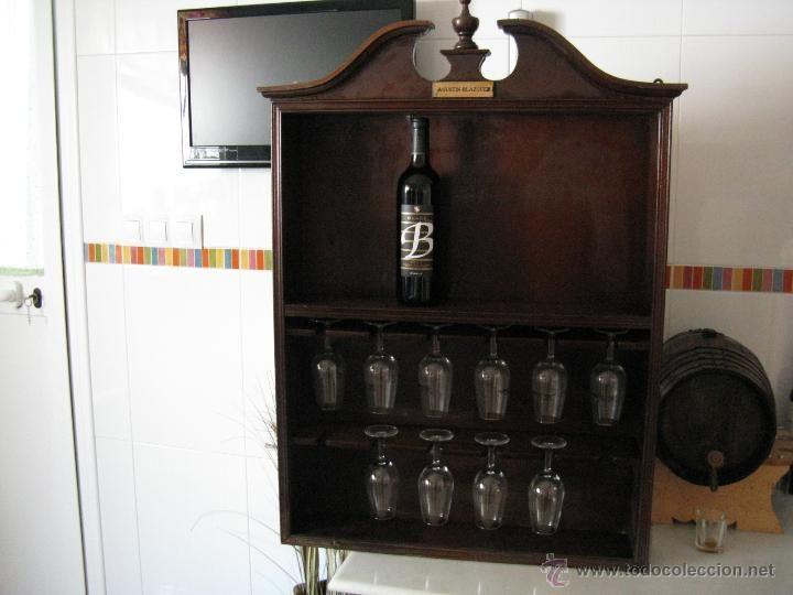 Estanteria de pared para botellas y catavinos jerez - Estanterias para botellas ...