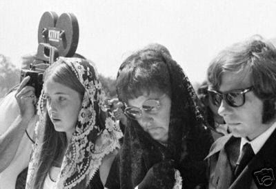 "Debra Tate (Sharon's sister), Doris Tate (Sharon's mother) and Roman Polanski at Sharon's funeral. Sharon's last words were ""Mama"" Doris Tate attended every parole hearing to make sure the monsters that killed her child would never see the light of freedom again. She did this until the day she died, then her daughters took over."