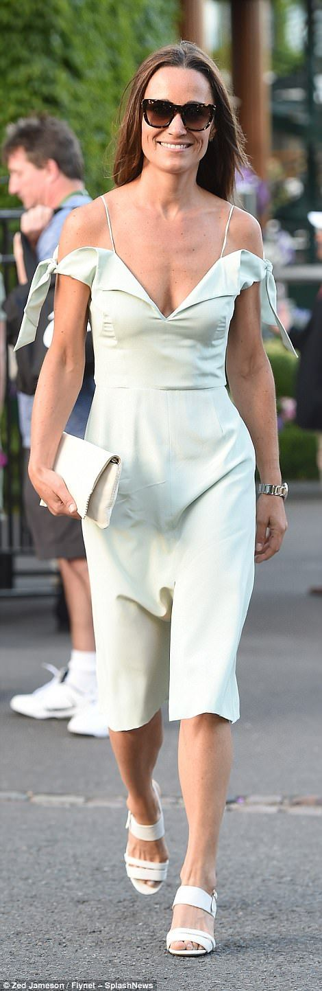 On Tuesday she sported a cold shoulder dress by Tephi to watch Andy Murray win his quarter final