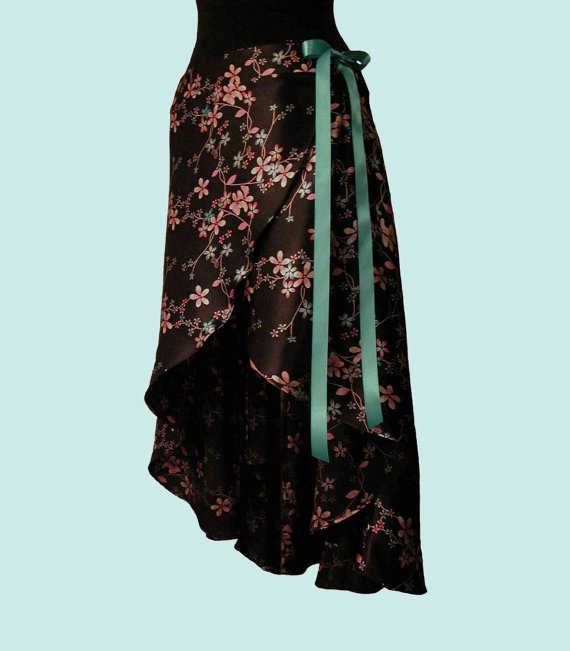 Beautiful....And Perfect For Tango Practice  (try from sari fabric?? - but would it flow??)
