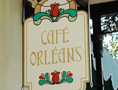 http://themeparks.about.com/od/disneyland/ss/Disneyland-Best-Snacks-and-Desserts_10.htm