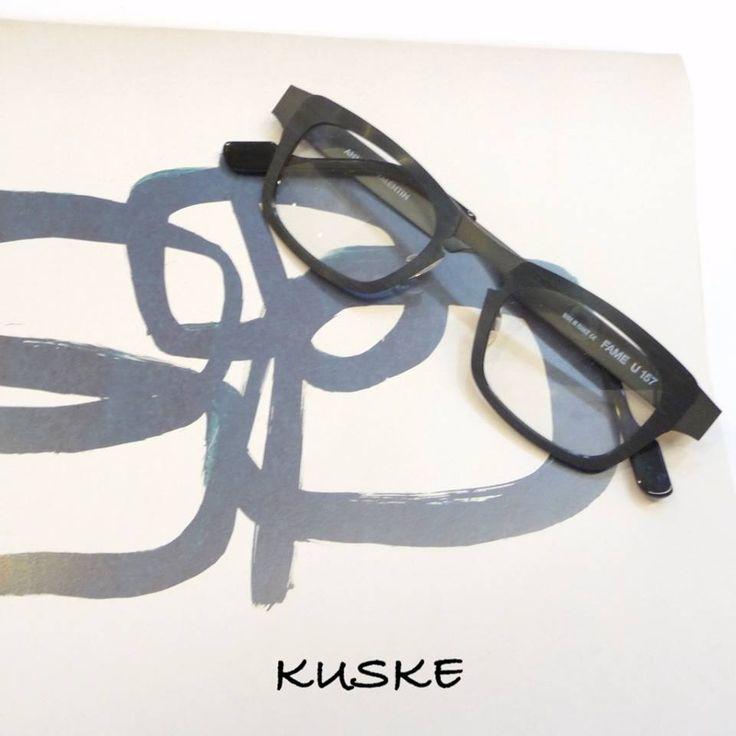 "Sculpture No5. Anne et Valentin ""Fame"" in black.  #Kuske #KuskeNelson #Sculpture #AnneEtValentin #fame"