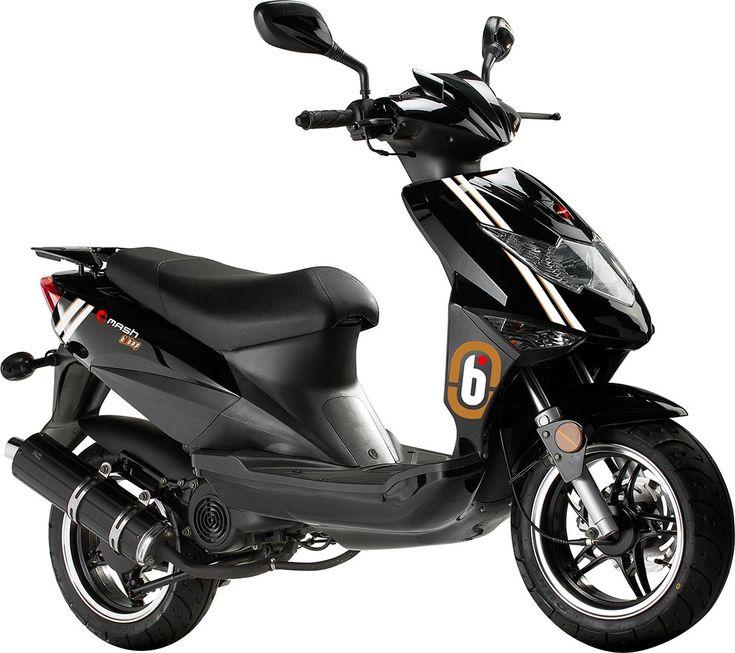 Le Mash Bibop 50 est un scooter compact au look jeune et sportif /// Mash Bibop is a young scooter with Racing lines and accessories