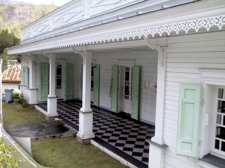 les 15 meilleures images du tableau maison creole sur. Black Bedroom Furniture Sets. Home Design Ideas