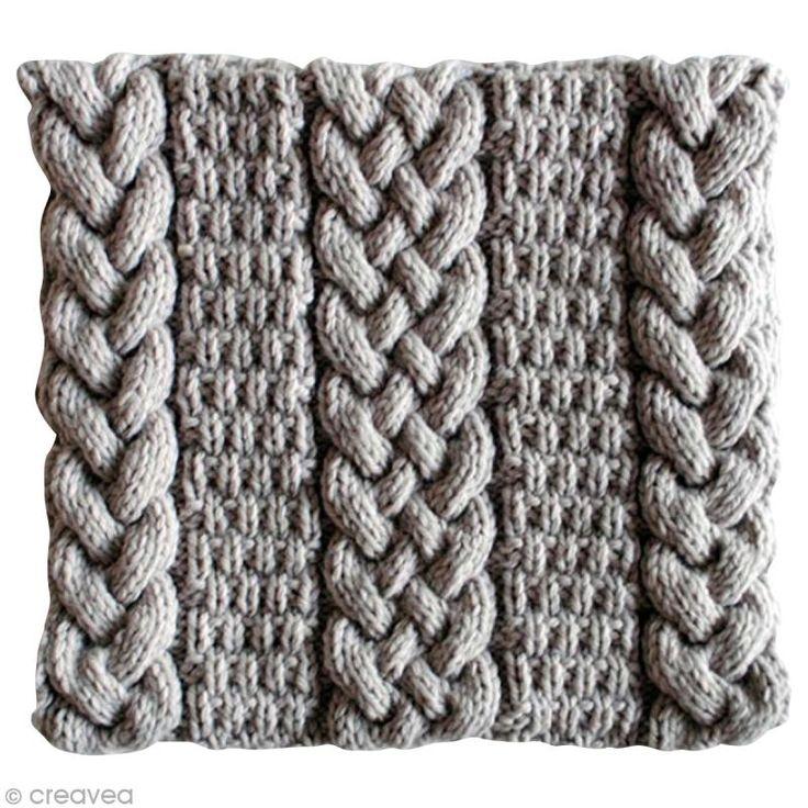 Tricoter un snood femme : torsades et point granité - Fiche technique Crochet et tricot pas à pas, idées et conseils loisirs créatifs - Creavea