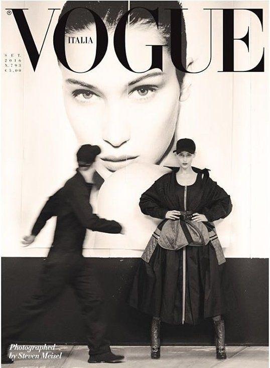 Quel momento in cui nel 2016 Steven Meisel fa una foto che sembra presa dall'archivio delle cover Vogue degli anni 90. Bella Hadid mi ricorda un po' la Casta in alcune pose.
