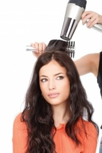 Top 5 Ways to Get Rid of Frizz  http://collegelifestyles.org/2013/06/top-5-ways-to-get-rid-of-frizz/