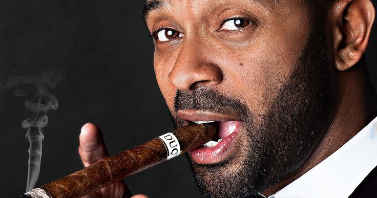 Mike Epps Is 'Uncle Buck' in ABC TV Reboot -- Mike Epps takes the lead role in the new ABC comedy 'Uncle Buck', based on the classic John Hughes movie from 1989. -- http://www.movieweb.com/uncle-buck-tv-reboot-cast-mike-epps