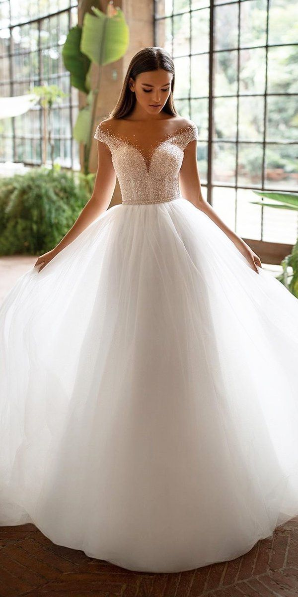 10 Wedding Dress Designers You Will Love Designer Wedding Dresses Ball Gown Wedding Dress Princess Wedding Dresses