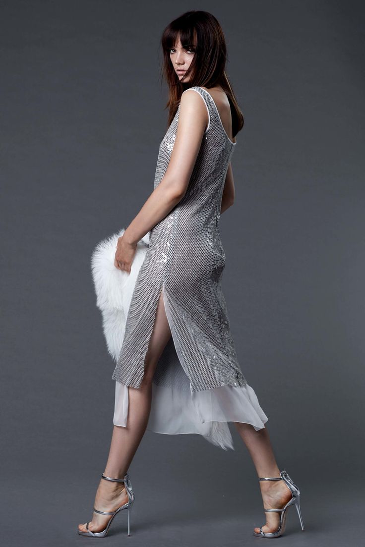 Dennis Basso Resort 2017 Collection Photos - Vogue