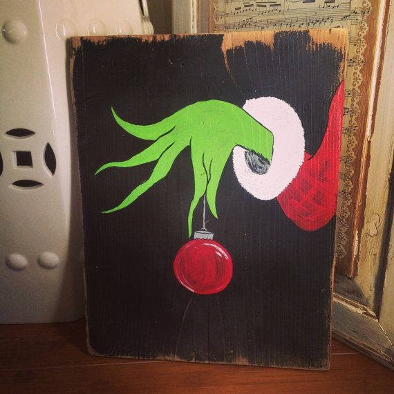 The Grinch Pallet Art by TeedumTeedee on Etsy
