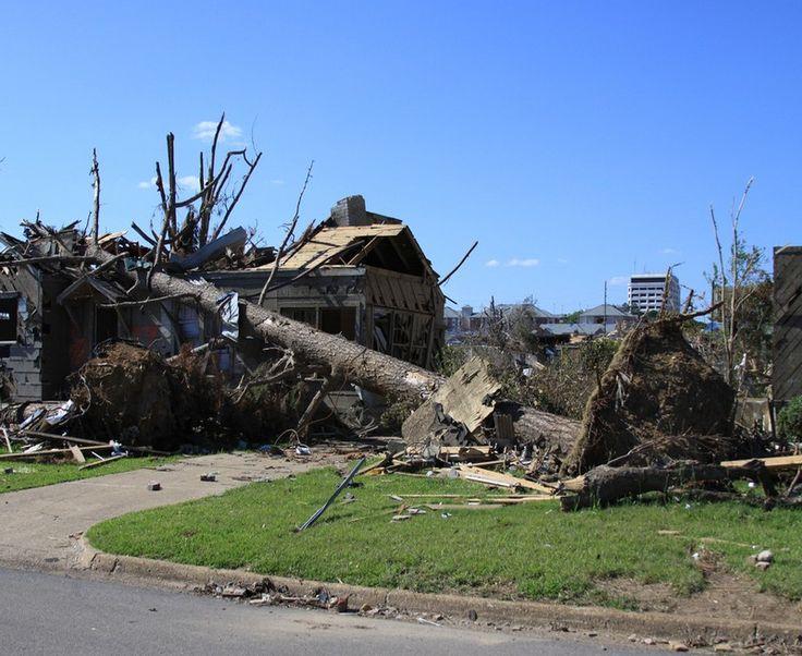 Cyclone Winston: Death Toll Rises to 29 in Fiji - http://www.australianetworknews.com/cyclone-winston-death-toll-rises-29-fiji/