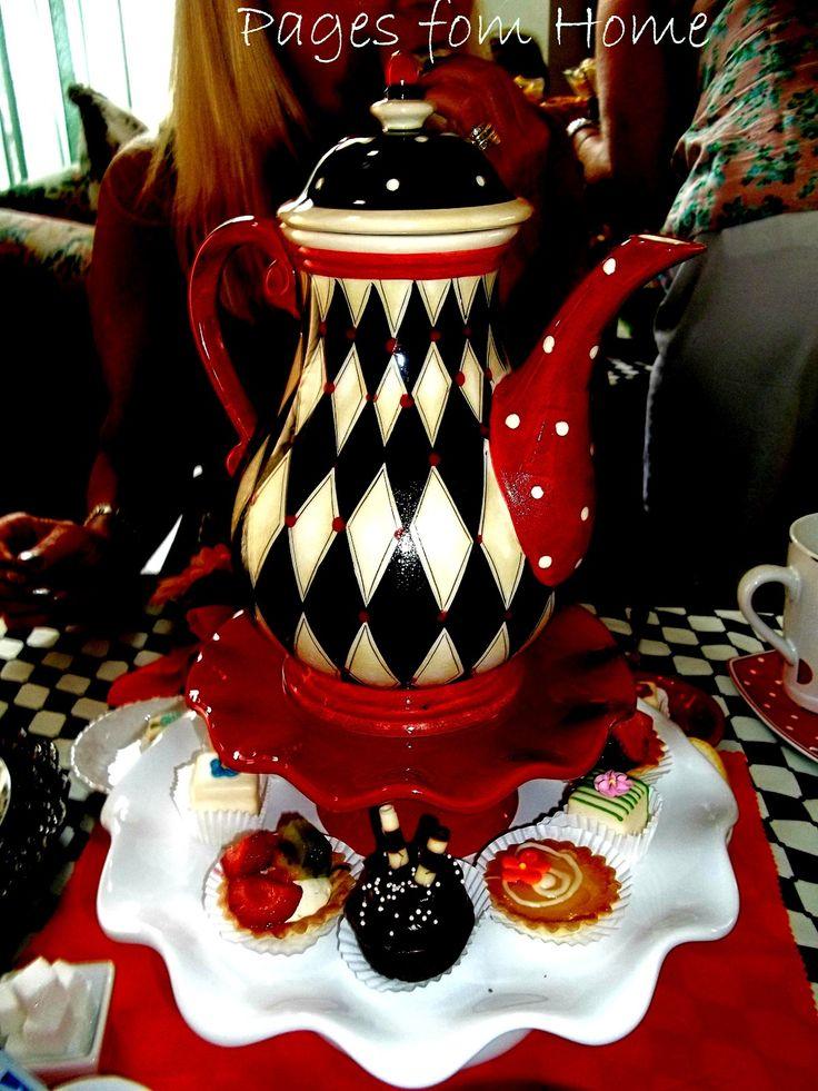 alice in wonderland teapot | Pages from Home: Mad Hatter Alice In Wonderland Bridal Shower Tea