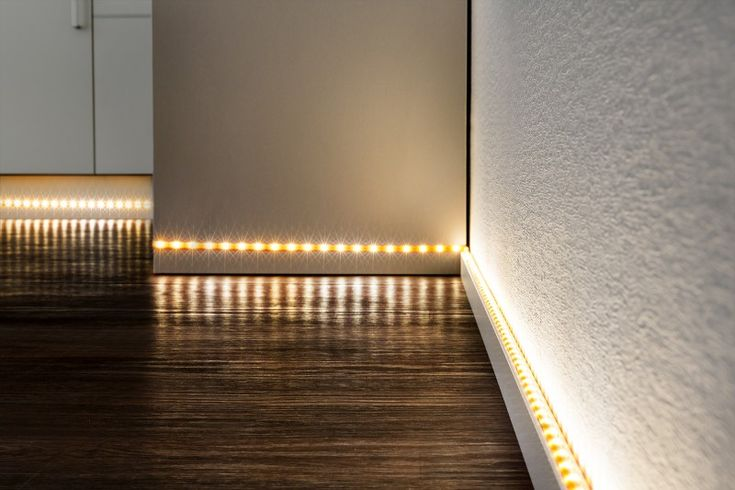 die besten 25 led lichtband ideen auf pinterest fu leisten holz lampe holz design und. Black Bedroom Furniture Sets. Home Design Ideas