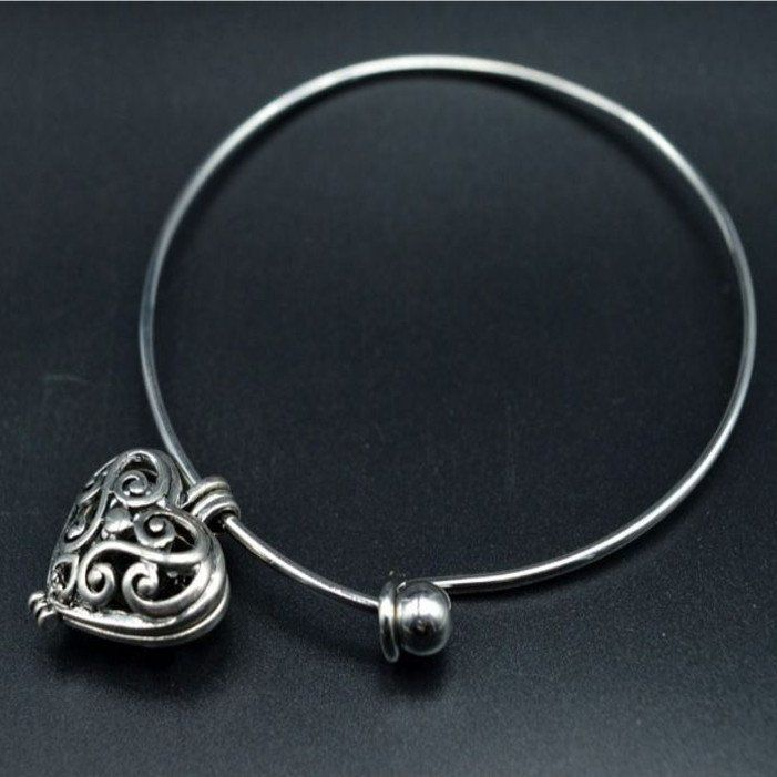 Heart Locket Bangle Charm Bracelet Aromatherapy Diffuser