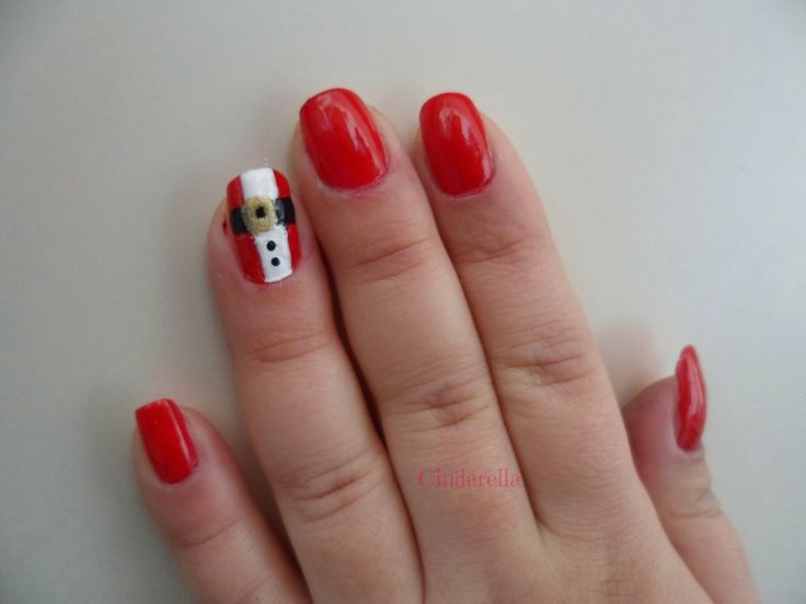 Cin derella blog #7daysmakeupnails #christamasnails http://cinderella89.blogspot.it/2013/12/7daysmakeupnails-1.html