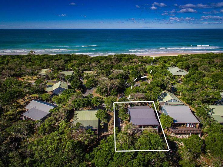 VRBO.com #4248804ha - Kookaburra Beach Cottage - Beachfront Acreage Tallow Beach