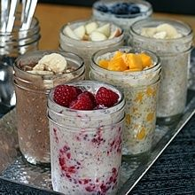 Overnight, No-Cook Refrigerator Oatmeal -- A healthy breakfast made in mason jars in six different flavors! misdis