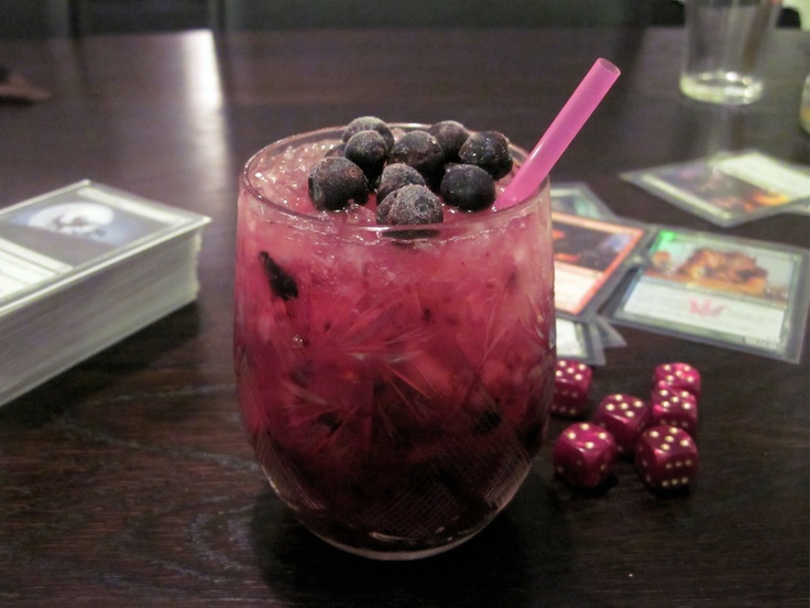 Sake blueberry - Farangs cocktails - http://keittionatsi.blogspot.fi/2011/10/farangin-cocktailit.html