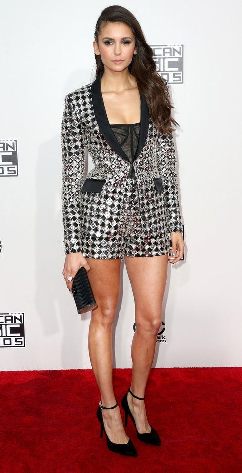 Nina Dobrev in Zuhair Murad attends the 2016 American Music Awards. #bestdressed