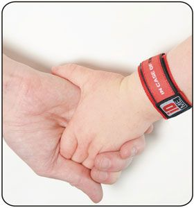 iDME a wristband with emergency information in case child gets lost. Also great for adults with learning difficulties or elderly people who may be disoriented.  #clever