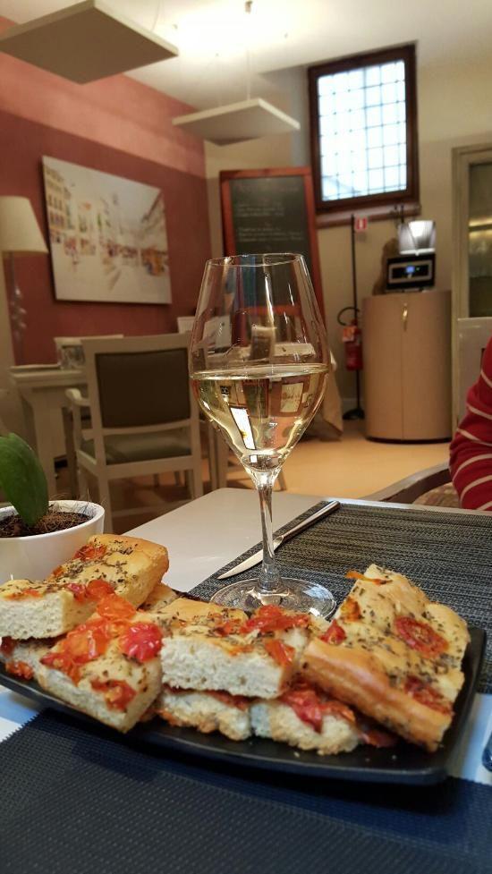 BORSARI 36, Verona: su TripAdvisor trovi 372 recensioni imparziali su BORSARI 36, con punteggio 4,5 su 5 e al n.30 su 1.070 ristoranti a Verona.
