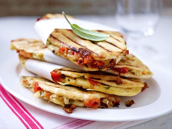 Grill-Rezepte - das Beste vom Rost  - tomaten-panini22  Rezept