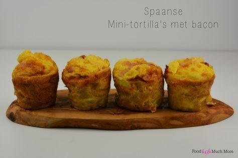 Deze Spaanse mini-tortilla's zet je echt in een handomdraai op tafel. Het is wel handig om zo'n diepe muffin bakvorm te hebben. Deze kan je