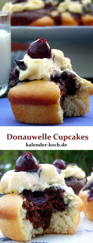 Lecker Donauwelle Cupcakes: den Klassiker mal etwas anders serviert. Mit leckeren Kirschen und einer feinen Note Rum. Super köstlich!!