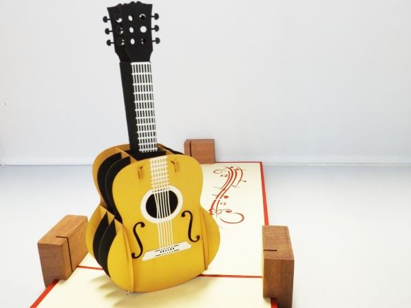 音楽・ギター好きの方に!クラシックギター ギフトグリーティングカード 誕生日や贈り物に!