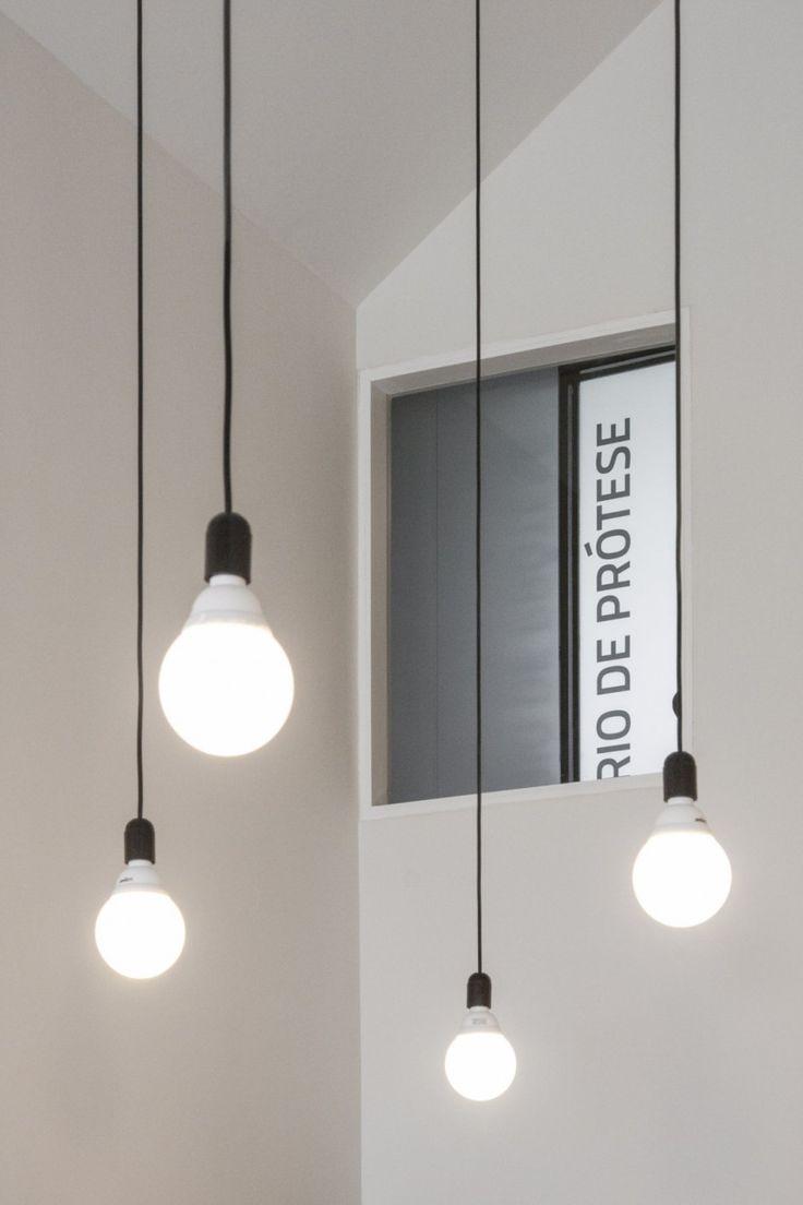 simpele verlichting voor een badkamer?! Dental Clinic by Paulo Merlini