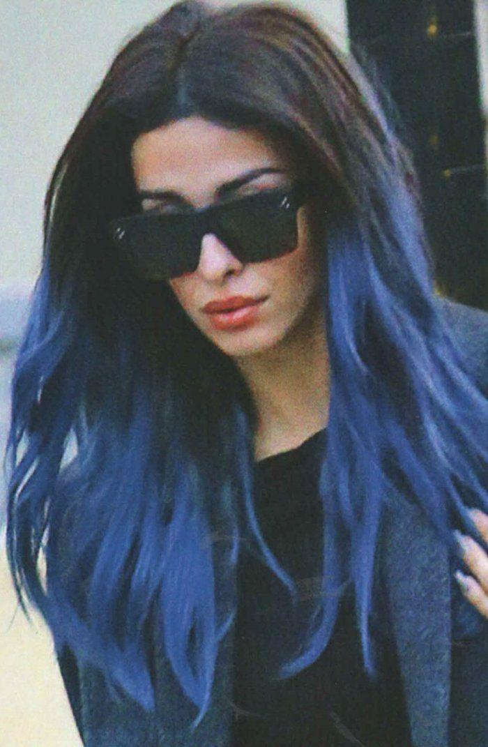 Με μπλε μαλλιά η Ελένη Φουρέιρα! Δείτε τα πιο εντυπωσιακά look της τραγουδίστριας