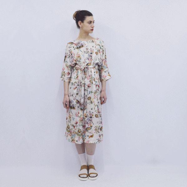 Dress Hanako in Creme Bird Floral Silky Satin – Akira Mushi