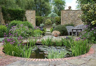 Circular natural water pond in driveway (ideas)