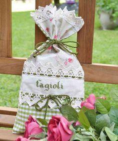 SACCHETTO PORTA FAGIOLI - Linea Corallo - Per una cucina ricercata dove nulla è lasciato al caso, ecco un delizioso sacchetto per i fagioli