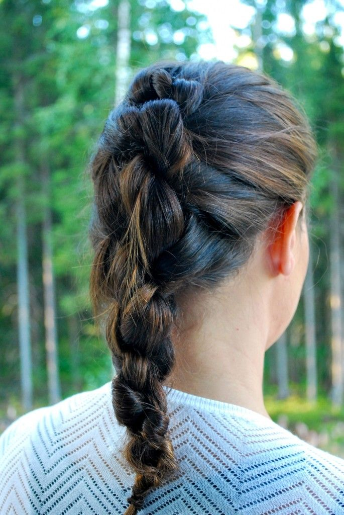 Hiukset solmussa