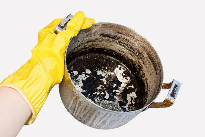 Aangekoekte pannen en schalen? Zo maak je ze weer schoon - Gazet van Antwerpen: http://www.gva.be/cnt/dmf20161021_02532410/aangekoekte-pannen-en-schalen-zo-maak-je-ze-weer-schoon