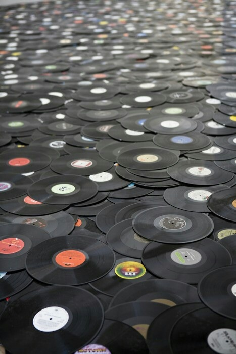 records, black, white, colors,music, vintage, songs