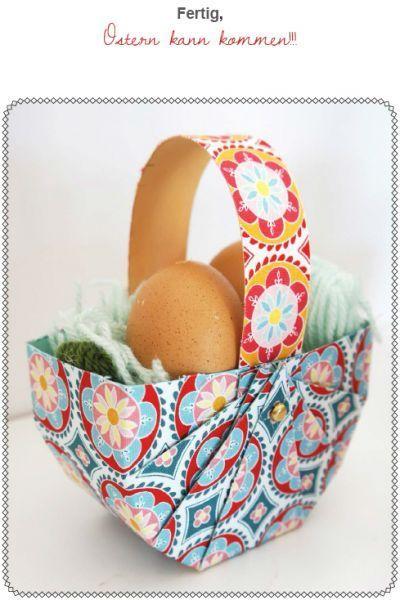 Ohne Nadel und Faden erkläre ich in dieser Anleitung wie Du schnell einen süßen Osterkorb mit Henkel zauberst.