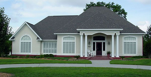 Royal oak manor 1710 house plan 3567 concrete house for Royal homes house plans